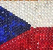 Vlajka České republiky z víček detail